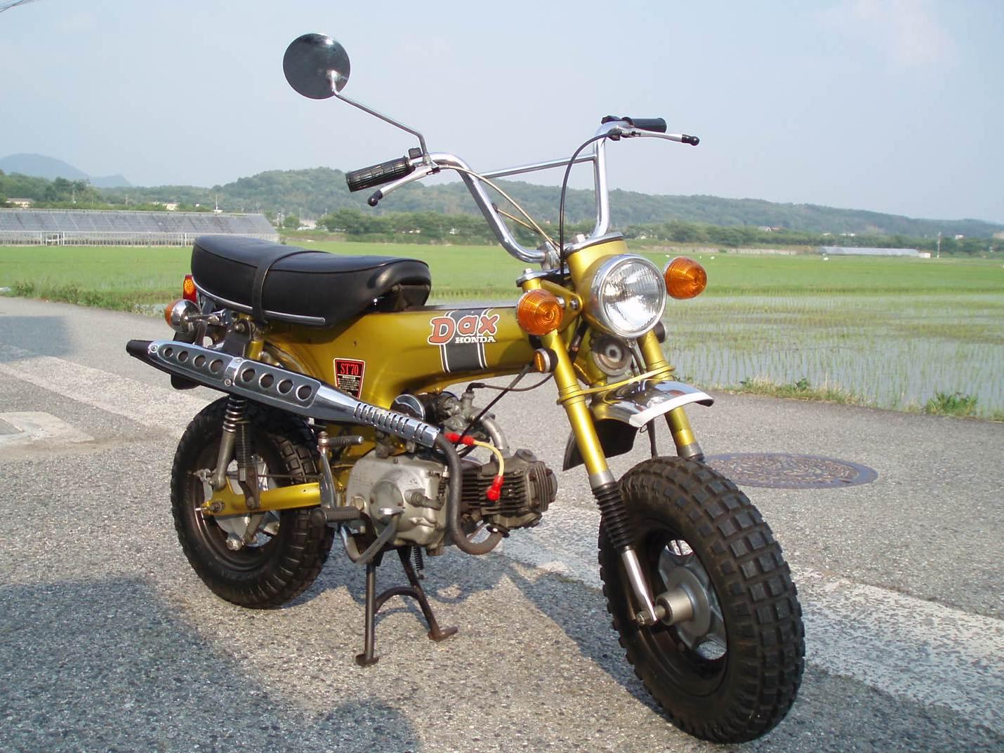 '72DAX70 4サイクルキャブレター   303,500